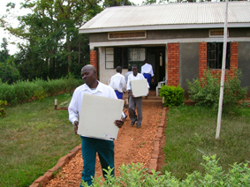 uganda_feb06_2.jpg